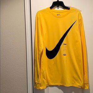 The Nike Tee Graphic Swoosh Yellow T-Shirt